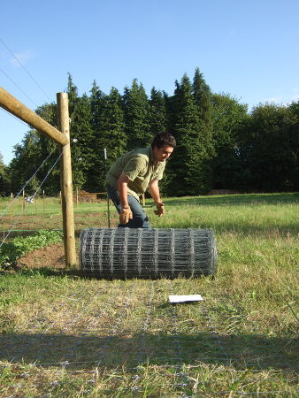 Pulling high tensile woven wire | Farm Folly